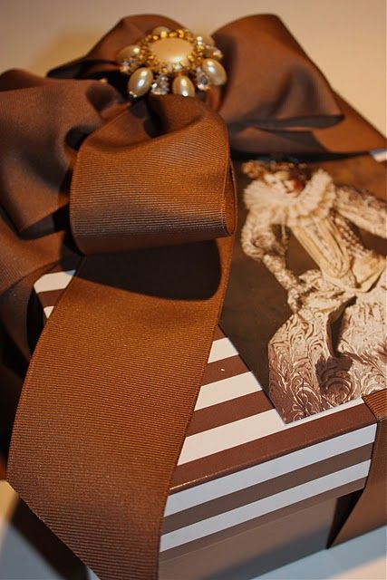 A Gift Wrapped Life: Gifts Ideas, Wraps Life, Chocolates Brown, Gifts Wraps, Gifts Tags, Grosgrain Ribbons, Wraps Gifts, Beautiful Wraps, Wraps Ideas