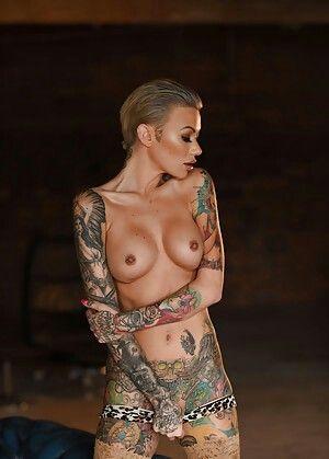 free-tattooed-tight-pussy-a-nudist-resort