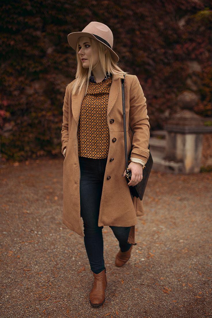 Langer mantel mit Jeans kombiniert - schönes Herbst Outfit