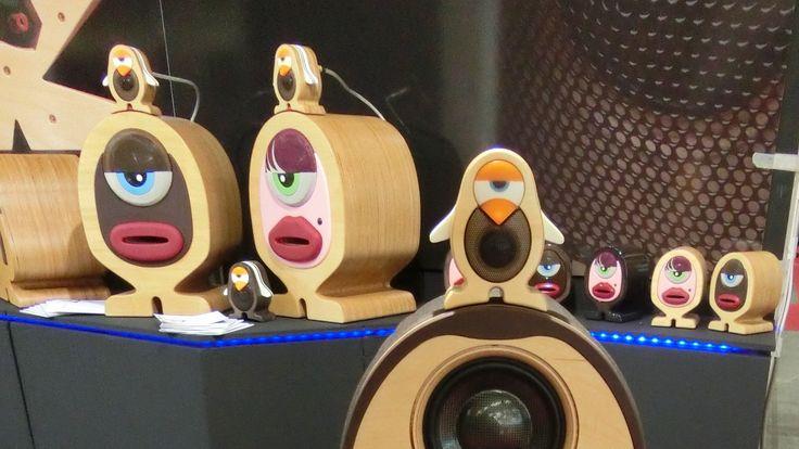 EDEL, TEUER, IRRES DESIGN Sound-Highlights für Musik-Liebhaber Neuheiten der Audio-Messe Highend in München: Von Kabel bis Kopfhörer ist purer Luxus angesagt