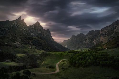 Valle de Lago V by Juan Pablo de Miguel