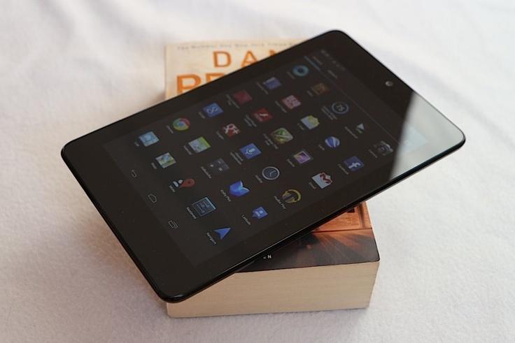 Test Google Nexus 7: Chyby tabletu od Googlu najdete snadno, ještě snadněji je odpustíte