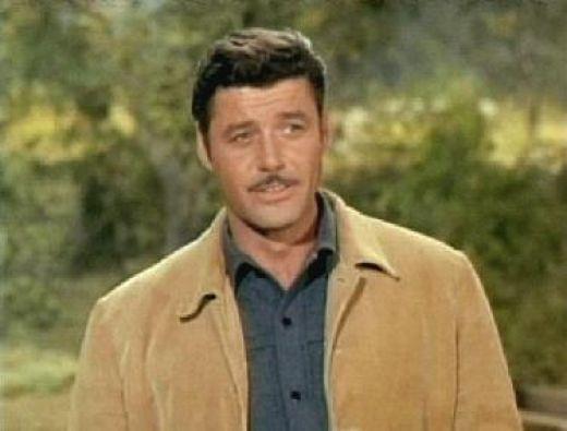 Guy Williams born Armand Joseph Catalano 1924-01-14 in NYC ...