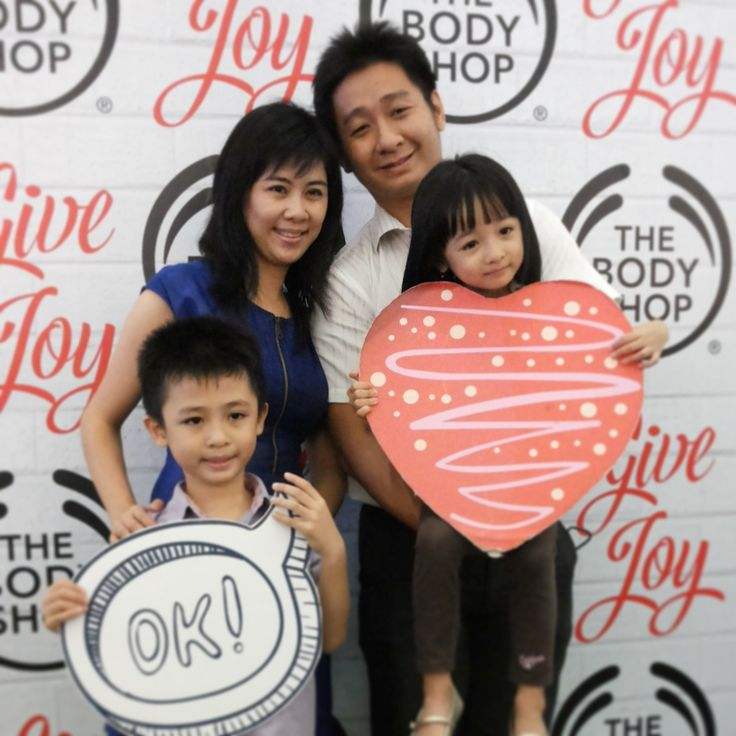 The Body Shop Give Joy to Every Body. #TBSGiveJoy @The Body Shop Indonesia @CiputraWorldSBY