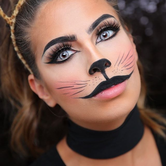 Halloween Look 2, I filmed this yesterday 🐱 #CAT Obviously 😽 #crazycatlady this look will be live this week!! Can't wait for you guys to see it! Inspo- from Pinterest .......... #Halloweencostume #halloween