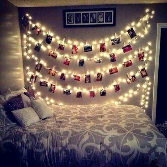 Painel de fotos iluminado para quarto