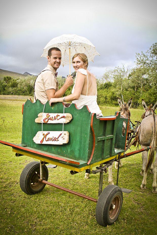 De Uijlenes wedding venue, donkey cart, cute, rustic