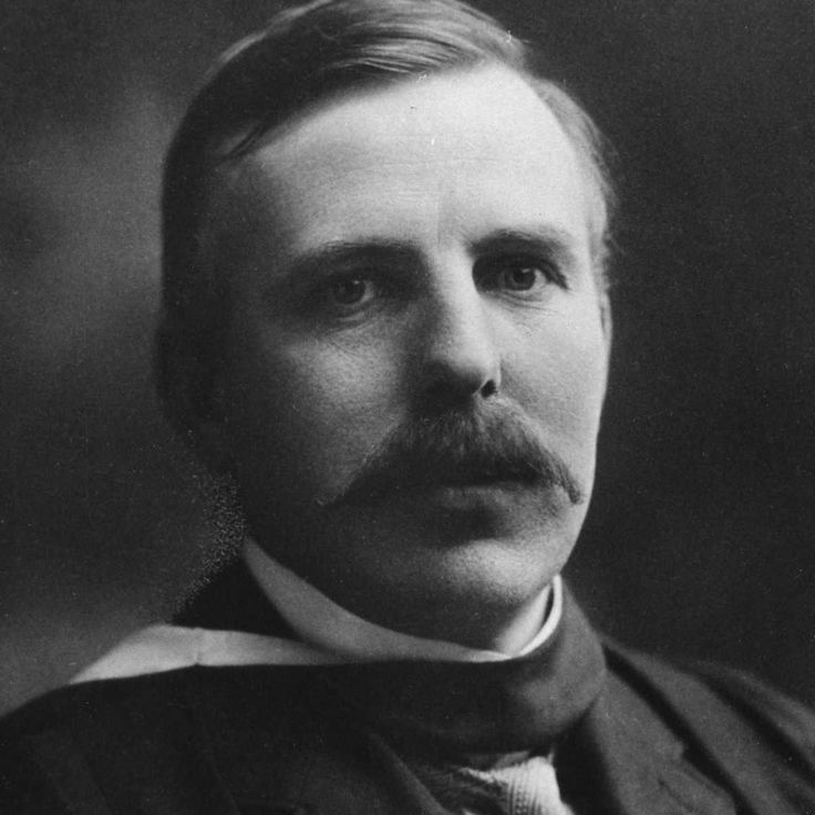 7 November 1908 - Ernest Rutherford announces in London that he had isolated a single atom of matter in his famous 'gold foil experiment', in which a beam of alpha particles were aimed at a thin gold foil and their passage detected. #HistSci © Oxford Science Archive/Print Collector/Getty Images