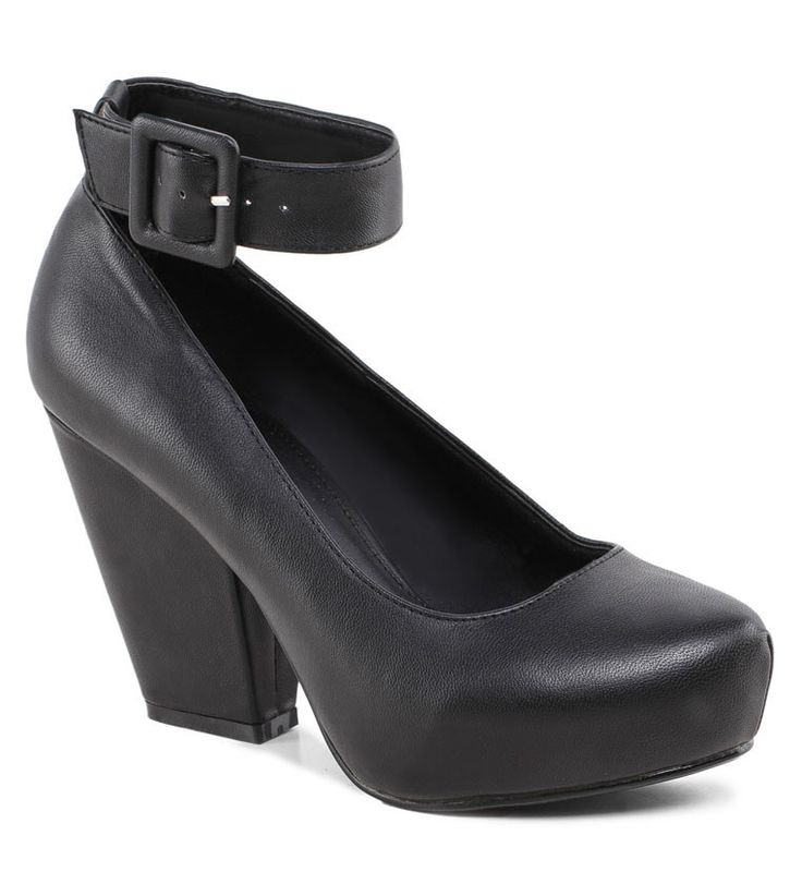 The bigger the better #chunk #heels #shoes #fashion #337000 http://zocko.it/LDukf