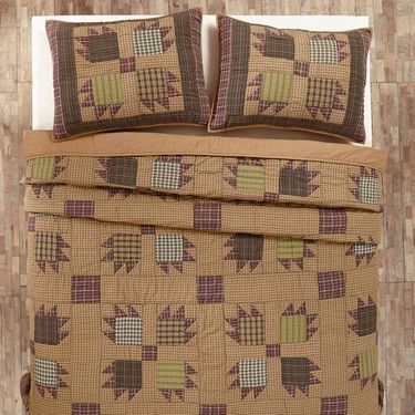Enjoy the rustic look of this Canavar Ridge Bear Paw King quilt available from Primitive Star Quilt Shop. We offer a variety of accents to complete your room!