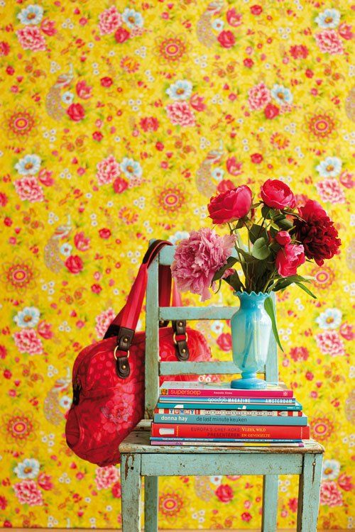 This wallpaper would be so cute in a small bathroom or closet.  Or accent wall.  Bold! Now I just need to find it for our closet!!