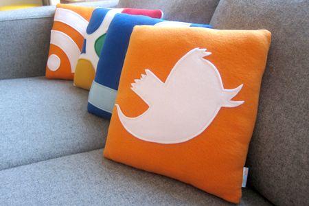 Sociala medier i soffan, också.