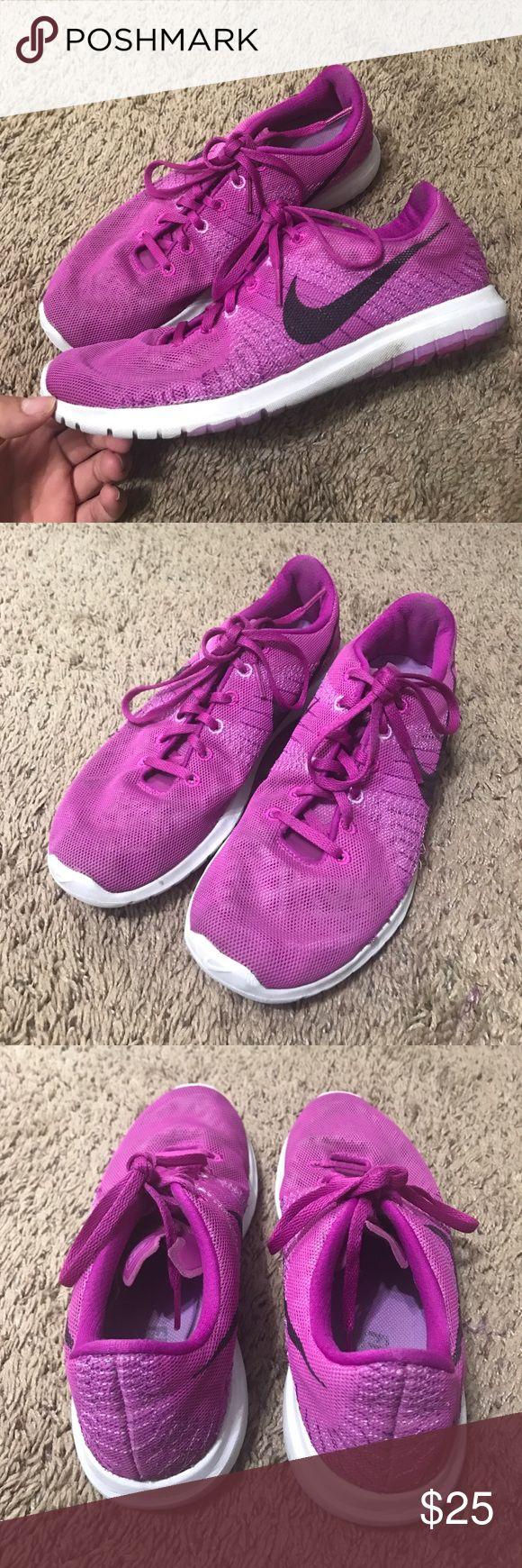 🚨SALE🚨Nike fury In good used shape bottoms show wear Nike Shoes