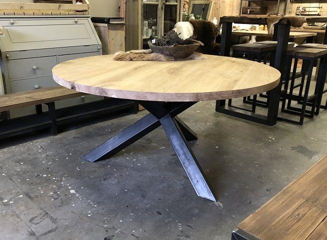 Ronde tafel eiken blad met een stalen onderstel | Hillshome | Steigerhouten meubels | Stalen meubels | Painting the Past