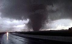 The Difference Between Tornado Watches and Warnings
