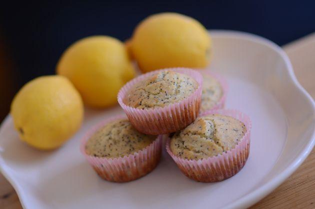 Citronmuffins med blå birkes og citroncreme