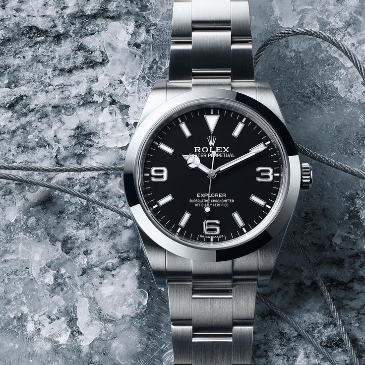 The Rolex Explorer in its element: created in 1953 in the wake of the first successful ascent of the world's highest mountain, Mount Everest, it benefited from 20 years of real-life tests during Himalayan expeditions. These had a direct impact on the development of the Oyster and the quest for greater precision, robustness and reliability. #Rolex #Explorer #101031 For more details about this watch see the link in the profile.