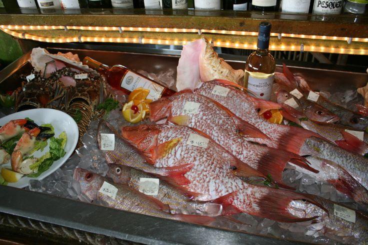 21 best images about bahamas restaurants on pinterest for Bahamas fish market