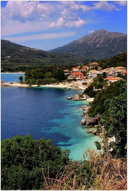 Vasiliki, Lefkada, Greece, hola, me gustaria visitar ese lugar, se ve bien