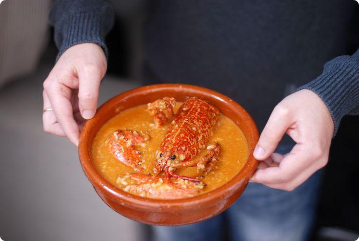Receta para Thermomix de Arroz con bogavante. Un plato de marisco con mucho sabor, ideal para una comida de domingo.