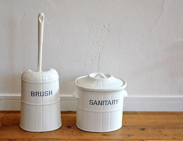 トイレの床掃除をしてきれいに掃除方法や便利グッズなどを紹介