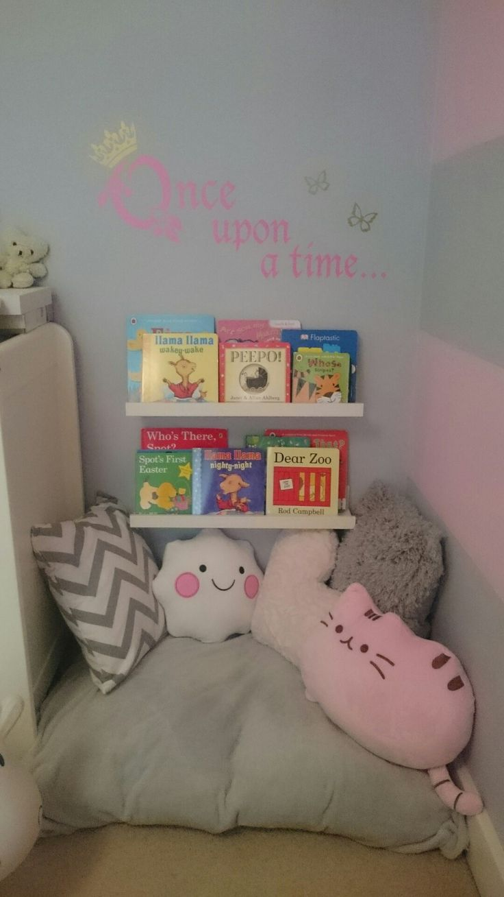 Reading nook for my 2 year old daughter