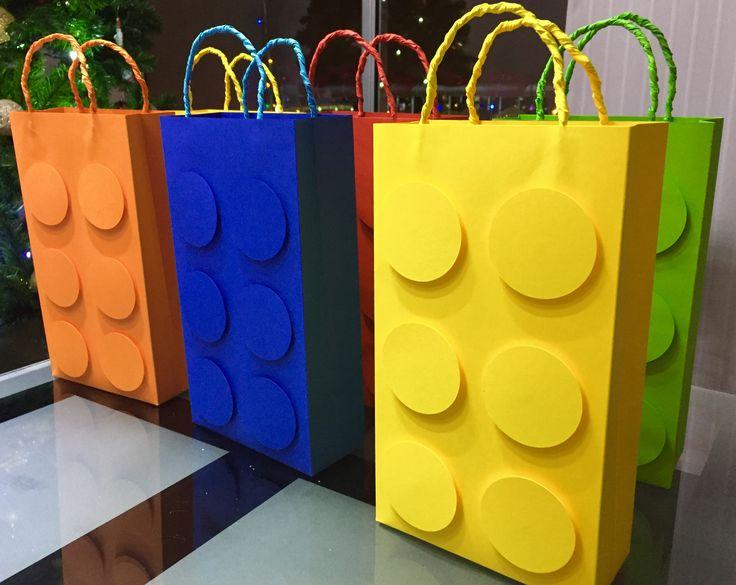 Bolsas para sorpresas o cotillones en fiestas temáticas!