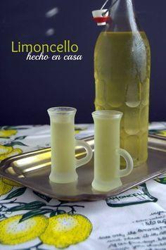 Ingredientes 7 limones franceses, sólo la piel, bien limpia 1 1/2 litro de vodka 1300 g de azúcar blanca