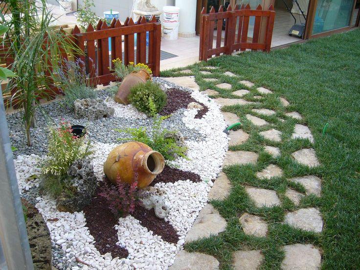 Oltre 1000 idee su giardino di ghiaia su pinterest for Ghiaia da giardino