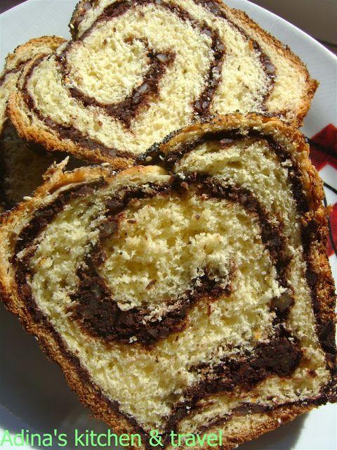 Adina's kitchen & travel: Cozonaci fara framantare cu crema de nuci si cacao...