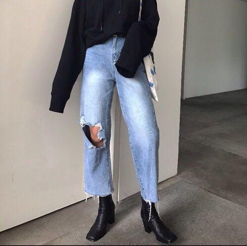 Pinterest: @julielingma | Ripped Boyfriend Jeans