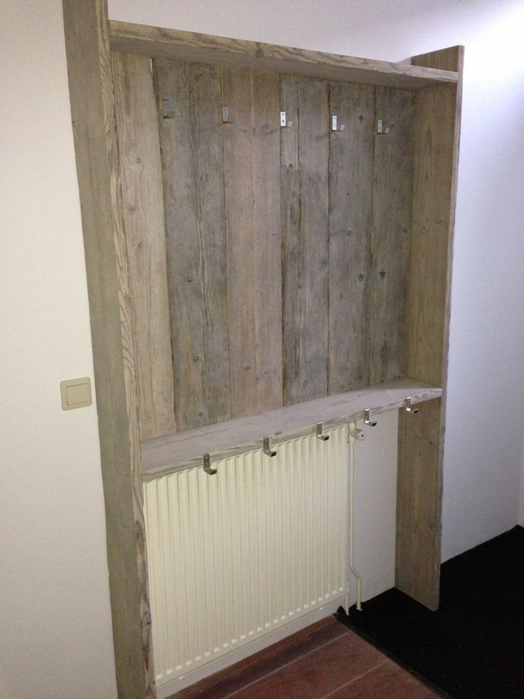 Oud steigerhouten kapstok.