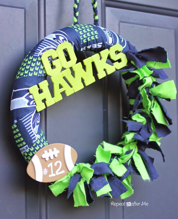 DIY Seahawks Wreath #tutorial