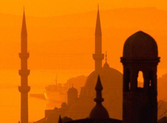 Istanbul arancione. #paesaggisurreali