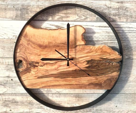 24 Large Wall Clock Wedding Gift Keepsake Reclaimed Wood Clock Unique Wall Clock Pallet Clock Farmhouse Decor Anniversary Gift Rustic Wall Clocks Large Wall Clock Wood Clocks