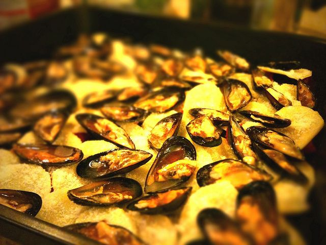 ... Puglian dish which layers mussels with potatoes, rice and onion