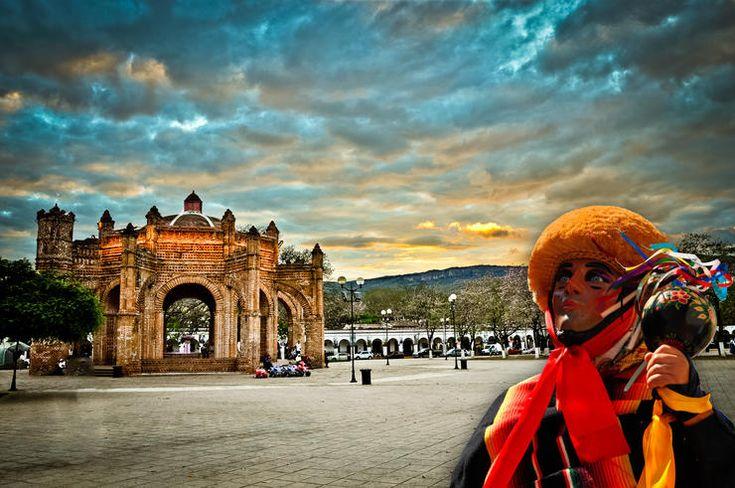 Los Parachicos o Parachico son danzantes tradicionales de la Fiesta grande de Chiapa de Corzo, Chiapas que tiene lugar del 15 al 23 de enero de cada año. Foto: esdiario.com.mx / apkmodgame.net
