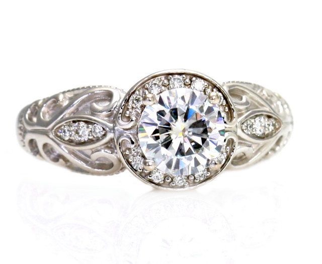 Platinum Halo Diamond Engagement Rings