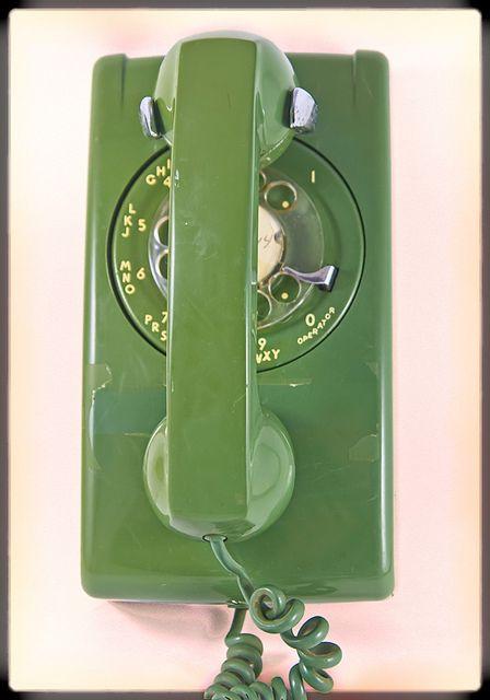 !970u0027s Wall Phone