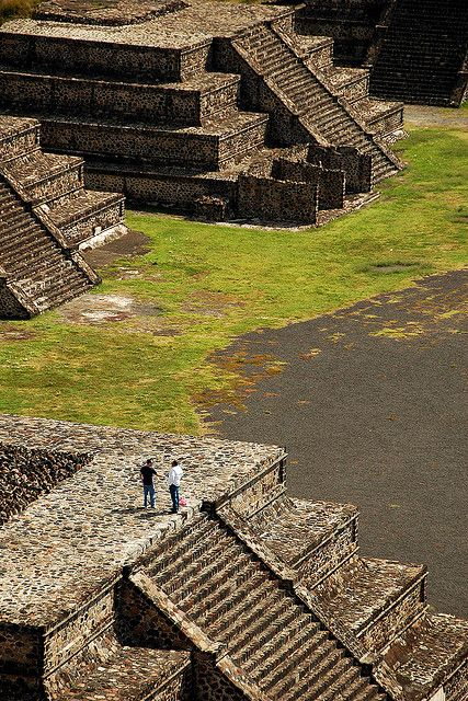 Teotihuacan, Mexico, 2006 by marc_guitard, via Flickr