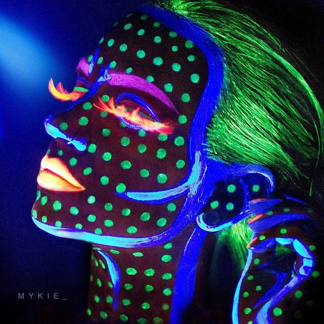 UV paint + Mykie = Tron meets Pacman meets Comic book girl                                                                                                                                                                                 More