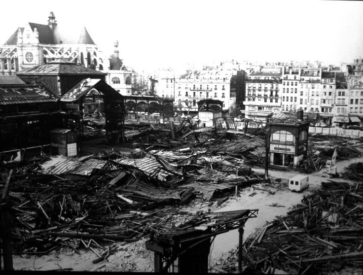 Robert Doisneau  //  Les Halles, Demolition Of Pavillons Baltard. Paris ca. 1971. (  http://www.gettyimages.co.uk/detail/news-photo/paris-beaubourg-district-the-halles-demolition-of-pavillons-news-photo/121507125