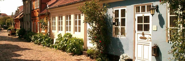 Датские деревни. Дома и улицы маленьких городов Дании. Датские деревенские дома. Фотографии