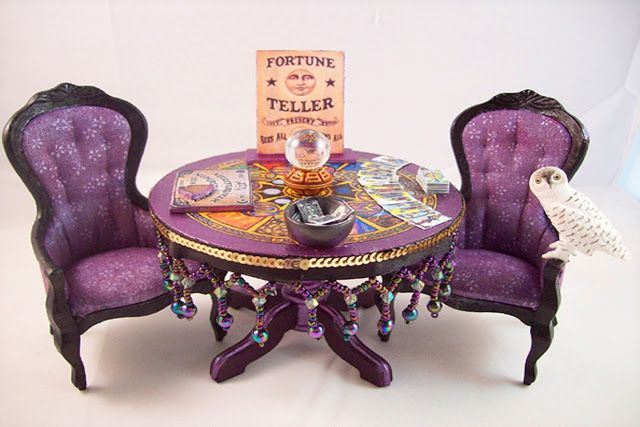 Fortune Teller's Parlour. Like the cart in the former pin, it's an absolutely amazing miniature by MLBetterly.