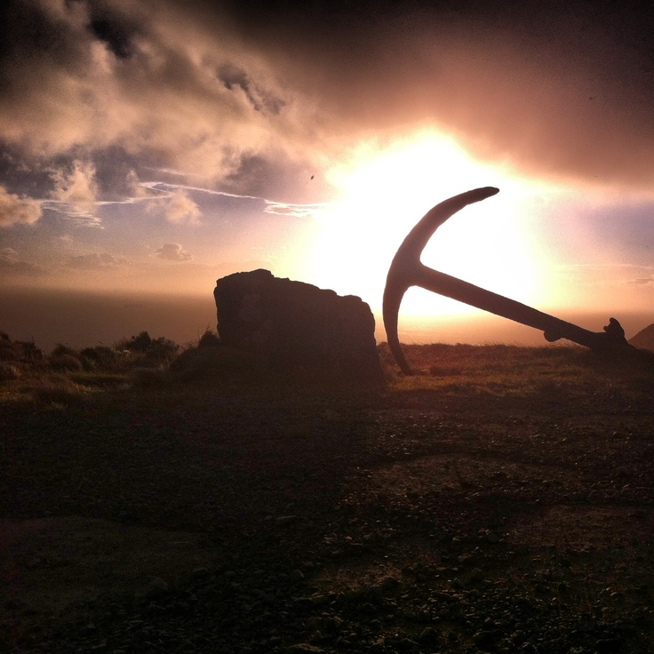 Anchor. Sunset.