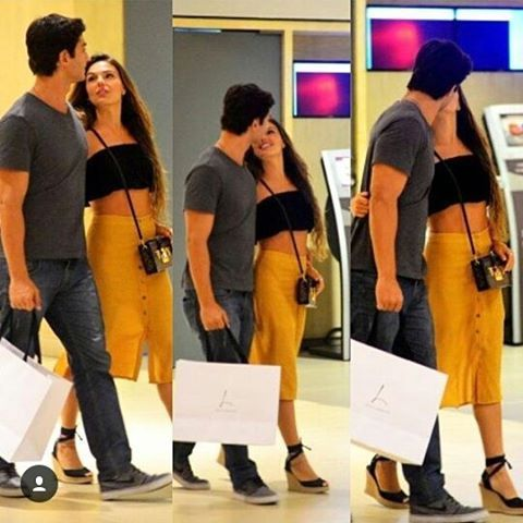 Isis Valverde foi clicada passeando com o namorado em Shop no Rio!  A atriz está prestes a estrear em nova novela global e exite uma ótima forma...Eita amorrrrr!  #isisvalverde #paparazzi #fofoquisses #édobabado #boymagia #atriz #global #casal #look #vamoqvamo