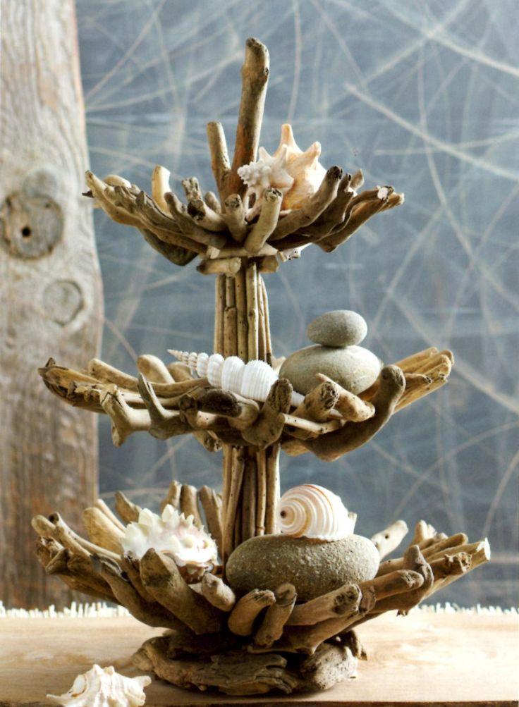 17 best images about driftwood decor on pinterest for Chandelier bois flotte