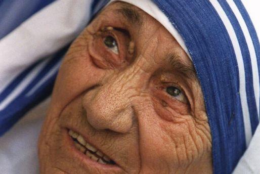 Mor Teresa - http://nyheter24.se/incoming/article608448.ece/ALTERNATES/img514x344/spd723a6.jpg
