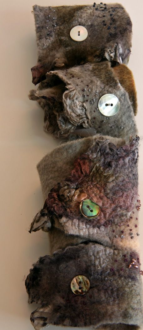 Felted Cuffs merino 18 mic, organza, nacre buttons, embroidered: french knot with silk thread: