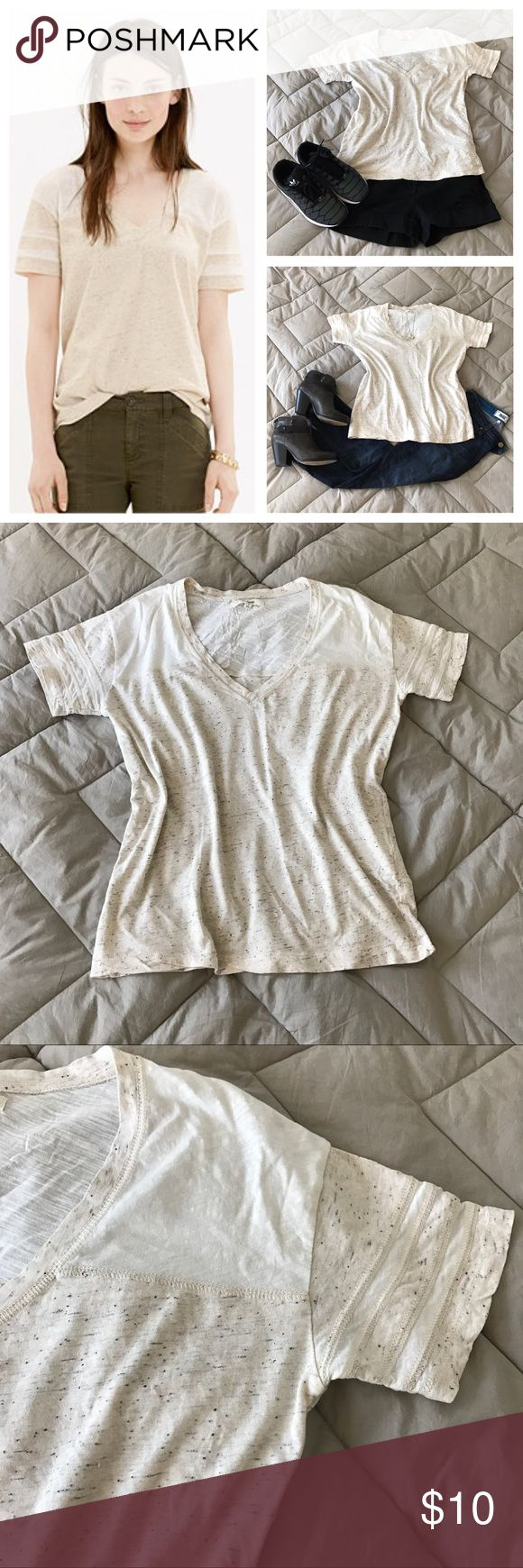 "⭐️ Madewell T-shirt, size S White and ivory colorblock V-neck t-shirt from Madewell. Marled or heathered fabric texture, inset varsity stripe details on sleeves. Relaxed fit.  🍈 Size small - bust 40"", waist 38"", length 23"" 🍈 Condition: good - label tag was torn but was hand stitched together as shown in photo 🍈 Material: 100% cotton Madewell Tops Tees - Short Sleeve"